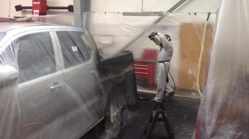 Natryskowa powłoka z poliuretanu na pace pickup
